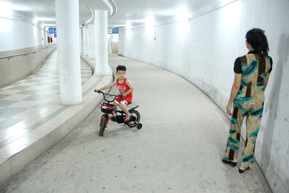 Bất ngờ nơi trốn nóng giữa Hà Nội