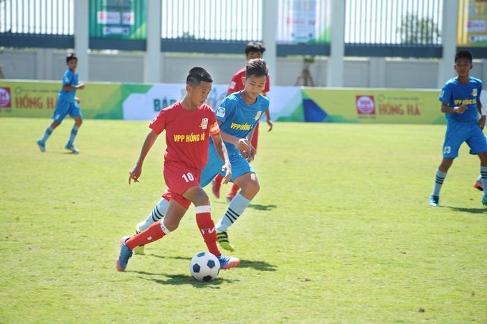 Sôi động giải bóng đá U13 toàn quốc 2018