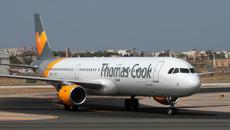 Hành khách ngất lịm khi ngồi máy bay không điều hòa, nóng 48 độ C suốt 3 tiếng
