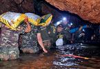 Giải cứu đội bóng Thái, một thợ lặn thiệt mạng
