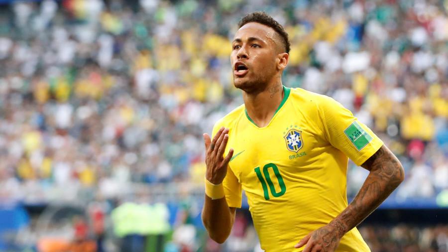 Neymar ăn vạ 14 phút, thách ghi hat-trick lưới Bỉ