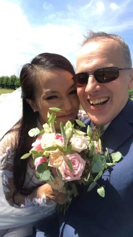 Lý Thanh Thảo 'Mùi ngò gai' cưới chồng Tây tại Hà Lan