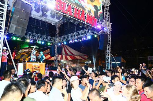 Cơn lốc hứng khởi Ngày hội Bia Hà Nội 2018 tại Thanh Hoá