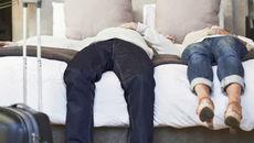Vì sao bạn luôn mệt mỏi dù đang tận hưởng kỳ nghỉ?