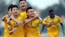 Thua SLNA, Nam Định lại lâm nguy