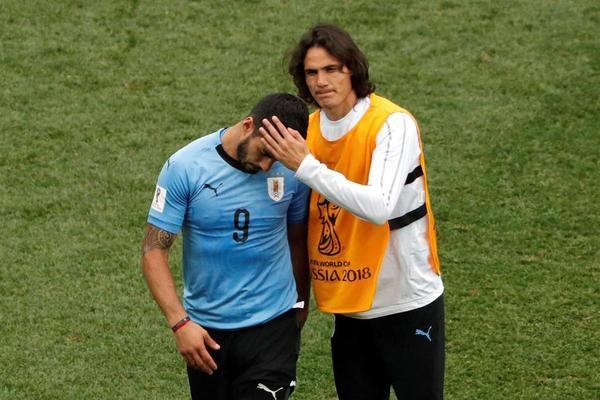 Uruguay gục ngã trước Pháp: Tiếc cho anh, Cavani!