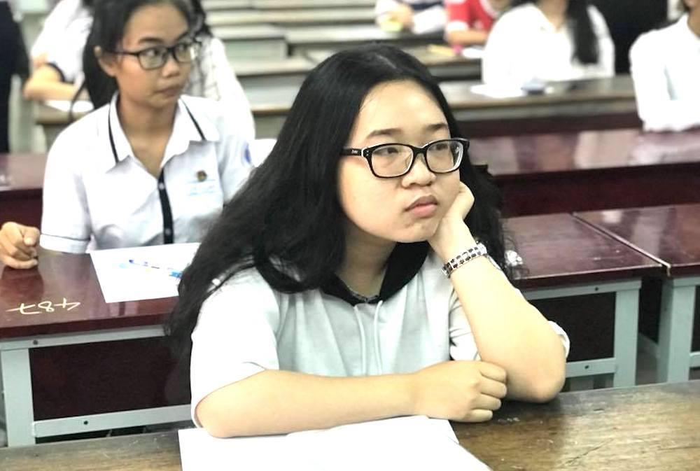 5.000 học sinh làm bài thi đánh giá năng lực tranh 2500 suất vào ĐH Quốc gia TP.HCM