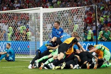 Thắng luân lưu, Croatia loại Nga để gặp Anh