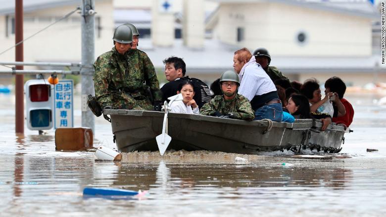 Lũ lụt hoành hành ở Nhật, ít nhất 41 người chết