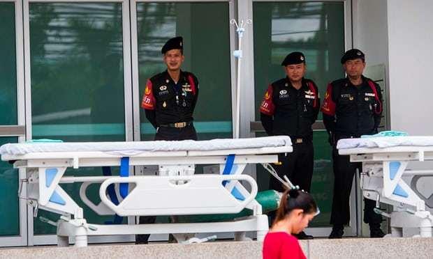 Cận cảnh cuộc 'chạy đua' đưa đội bóng Thái khỏi hang