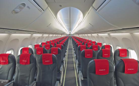 Tại sao ghế máy bay thường có màu xanh?