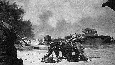 Trận chiến đẫm máu giữa quân Mỹ và phát xít Nhật
