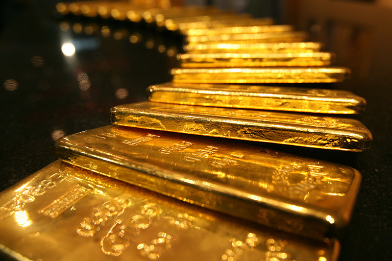 Giá vàng hôm nay 28/7: Bất mãn với USD, vàng giảm giá