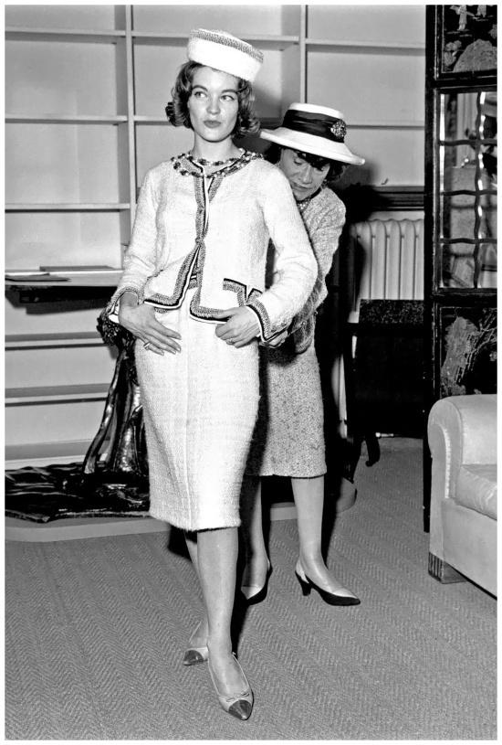 Bí mật chiếc áo khoác cao cấp tốn gần 1.000 giờ làm việc của Chanel