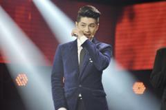Noo Phước Thịnh bật khóc trên ghế nóng The Voice