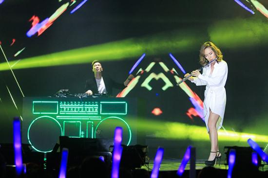 Hòa Minzy, Hà Anh Tuấn hát tiếng Hàn khiến fan ngỡ ngàng