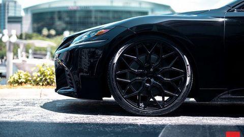 """Xe độ Lexus LS đen toàn thân """"siêu ngầu"""""""