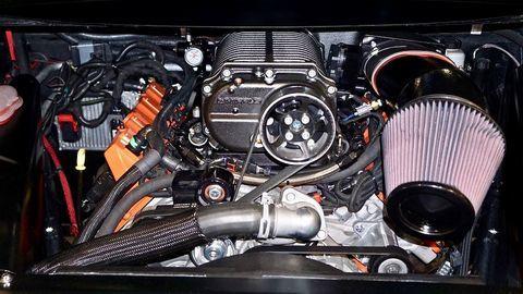 Xe độToyota Prius mạnh 1.000 mã lực