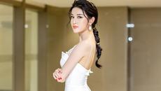 Huyền My gợi cảm ra mắt phim đầu tay tại Myanmar