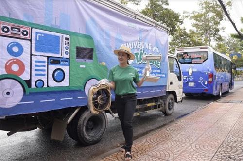 Alphanam đồng hành cùng chuyến xe tái chế rác thải điện tử