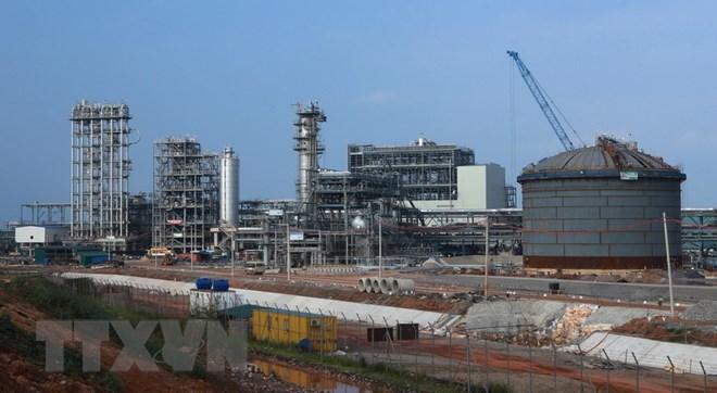 Lọc dầu Nghi Sơn đội vốn 3 tỷ USD: PetroViet Nam gặp thế khó