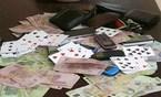 Chồng muốn ly hôn vì vợ nợ nần cờ bạc quá nhiều