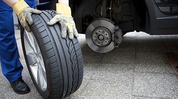 Kinh nghiệm chọn mua lốp xe ô tô tốt nhất tài xế không nên bỏ qua