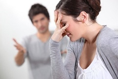 Chồng sống ở Mỹ: làm sao để đòi trợ cấp?