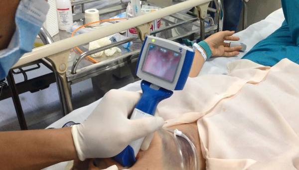 Bệnh viện Bạch Mai,suy hô hấp