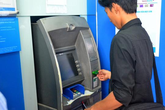 ATM,phí ATM,thẻ ATM,ngân hàng,Ngân hàng Nhà nước