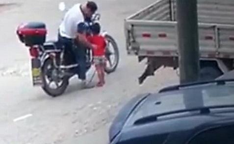 bé gái bị bắt cóc