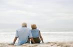 3 năm lừa dối chồng, cặp với người tình 61 tuổi