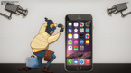 Kẻ cướp tấn công Apple Store, lấy hàng chục iPhone, MacBook giữa ban ngày