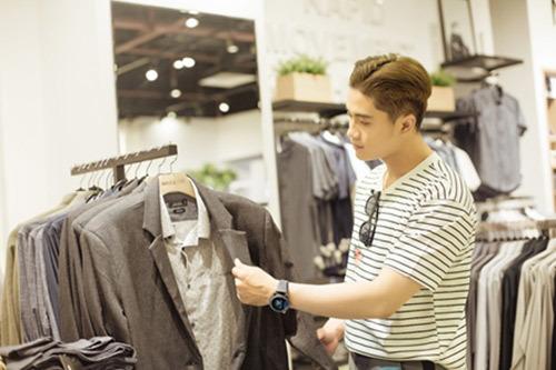 Phong cách mua sắm thời thượng: không cần tiền mặt trong ví
