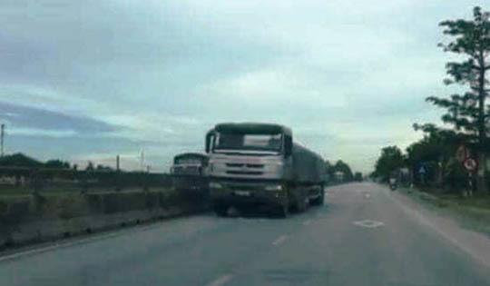 xe đi ngược chiều trên QL1A ở Thanh Hóa