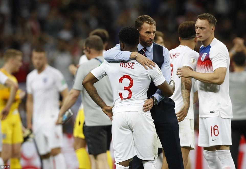 Anh thua cay đắng Croatia: Đòn trừng phạt thích đáng