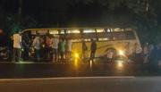 Tai nạn xe giường nằm kinh hoàng ở Long An