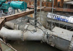 'Mổ xẻ' siêu máy bơm tê liệt ở rốn ngập Sài Gòn