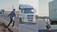 Tranh cãi về video chui gầm xe tải vì thua độ World Cup