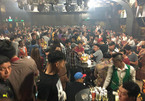 Cả trăm dân chơi phê ma túy, nháo nhào chạy khỏi quán bar lúc rạng sáng