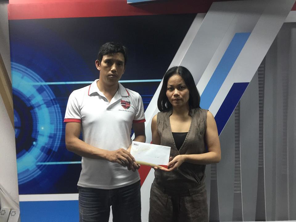 Trao gần 30 triệu đồng đến gia đình anh Nguyễn Văn Chính