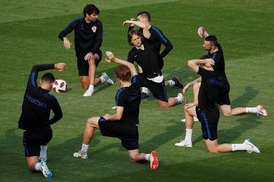 """""""Đột nhập"""" sân tập Croatia trước chung kết World Cup"""