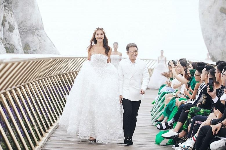 Kỳ Duyên diễn dưới mưa, Minh Tú diện váy kết 50.000 cánh hoa