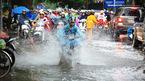 Dự báo thời tiết 16/7: Hà Nội tiếp tục có mưa to
