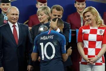 Chung kết Pháp 4-2 Croatia: Chia tay với đầy khoảnh khắc để nhớ