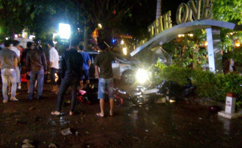 ô tô điên,tai nạn giao thông,tông xe,Đắk Nông