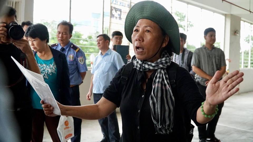 Ông Nguyễn Thiện Nhân thăm người dân tái định cư Thủ Thiêm