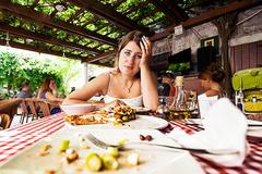 3 lời khuyên giúp bạn nhanh chóng vực dậy khỏi tình trạng ăn uống vô độ