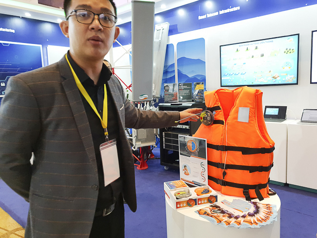 Thiết bị đặc biệt giúp ngư dân Việt yên tâm không lo mất tích trên biển