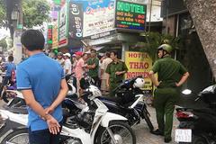 Cảnh sát nổ súng trấn áp kẻ cướp hung hãn trên phố Sài Gòn